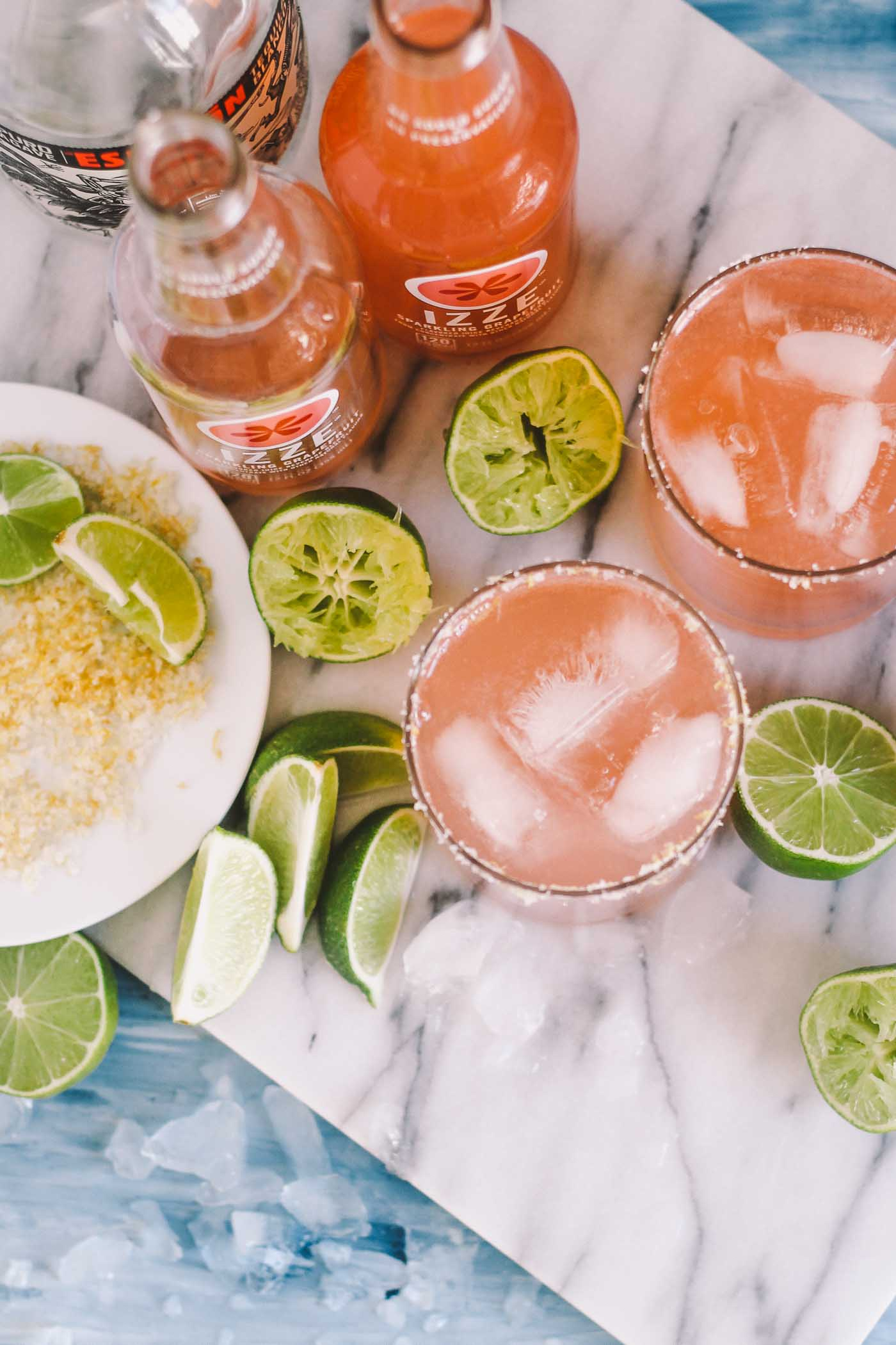 weeknight palomas with three simple ingredients, perfect for when you need a cocktail without frills or fuss. these weeknight palomas are perfect for whenever you'd like to have some girlfriends over on a whim for some laughs (+ chips & guac, of course). plus…cinco de mayo is right around the corner…#justsayin! | cinco de mayo recipe, cocktail recipe, girls night idea, girls night cocktail, paloma recipe, easy cocktail, tequila |