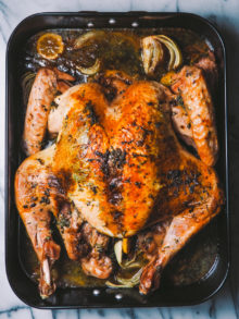 spatchcocked roasted turkey via playswellwithbutter | whether you've been roasting turkey for years or you're hosting your first friendsgiving dinner this year, spatchcocking is a miracle method for roasting your thanksgiving turkey. by spatchcocking your turkey, you can roast the perfectly juicy, evenly cooked, & flavorful turkey in less than 2 hours total(!!!) & free up your oven for other delicious pies & sides. learn more about spatchcocking at playswellwithbutter.com!