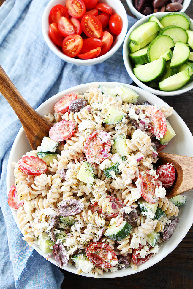 creamy greek pasta salad + 50 recipes for perfect for summer parties! | summer food, summer parties, summer recipes, summer appetizers, summer desserts, summer drinks, easy entertaining, entertaining tips |