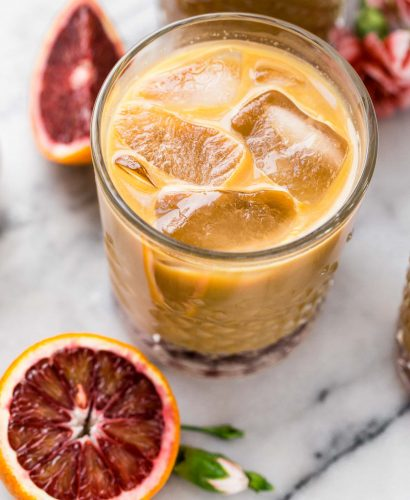 also known as what happens when you spike cold brew coffee with the perfectly not-too-sweet blood orange syrup, blood orange cold brew iced coffee will be your newest winter citrus obsession! #bloodorange #coldbrew #coldbrewcoffee #coldbrewcoffeerecipe #icedcoffee #wintercitrus #playswellwithbutter